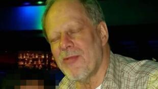 目前互聯網上流傳的此案兇手斯蒂芬·帕多克的照片