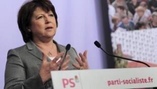 A primeira-secretária do PS, Martine Aubry, apresenta o programa para 2012.