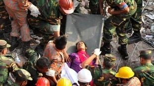 La dernière survivante à été sortie des décombres 17 jours après l'effondrement du bâtiment, le 10 mai 2013.
