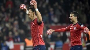 José Fonte (esquerda) e Rui Fonte (direita) festejaram o apuramento para a Liga dos Campeões europeus.