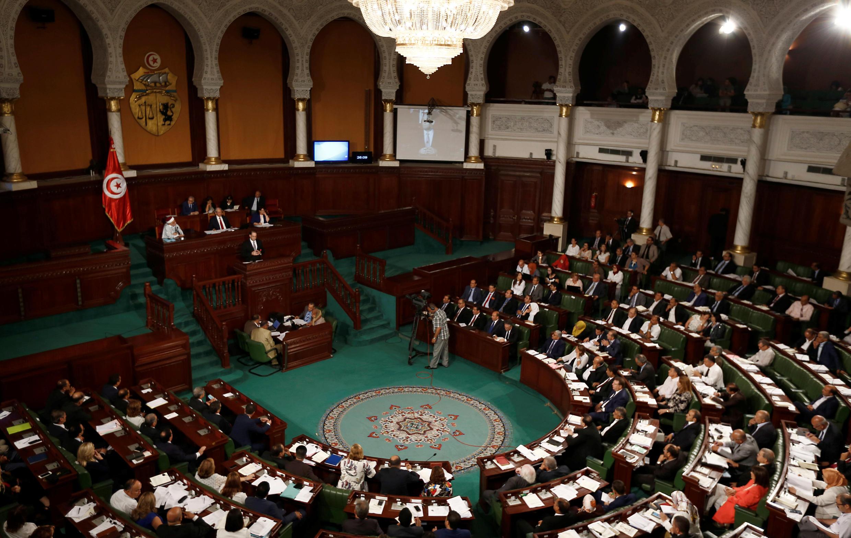 Le Premier ministre Chahed, s'exprimant devant le Parlement tunisien, le 26 août 2016.
