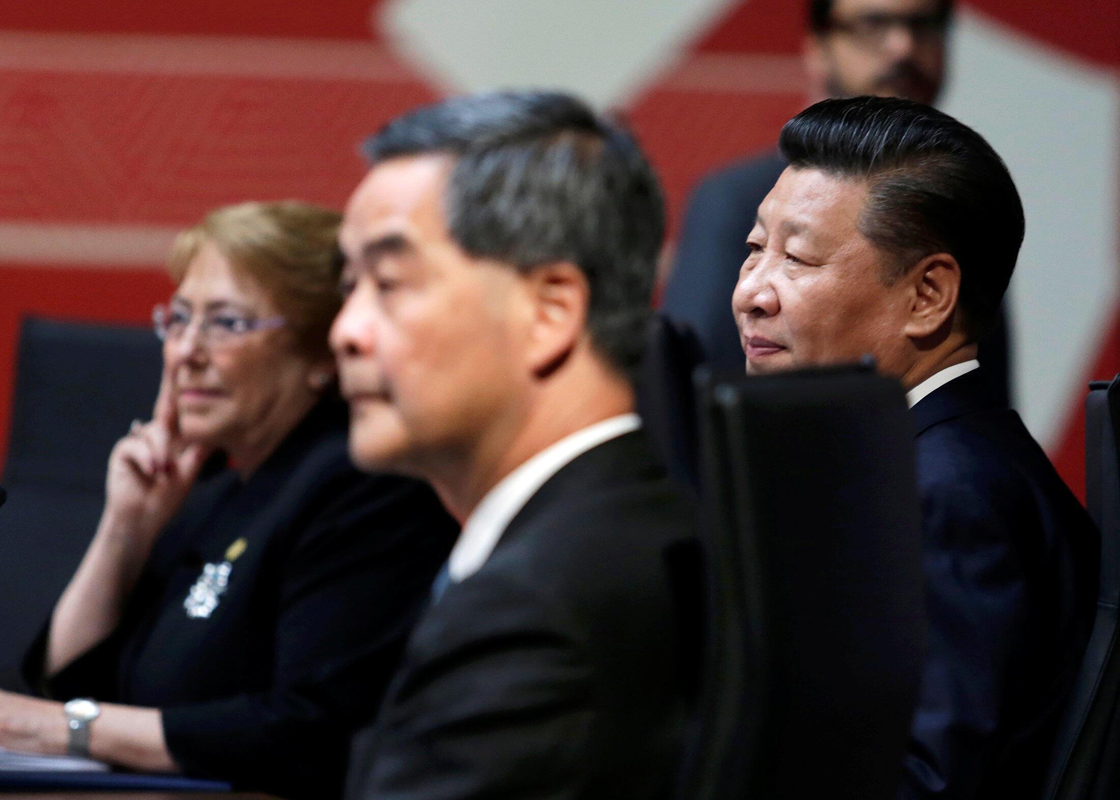 香港特首梁振英2016年11月20日在秘鲁首都出席亚太结合组织领导人峰会活动。