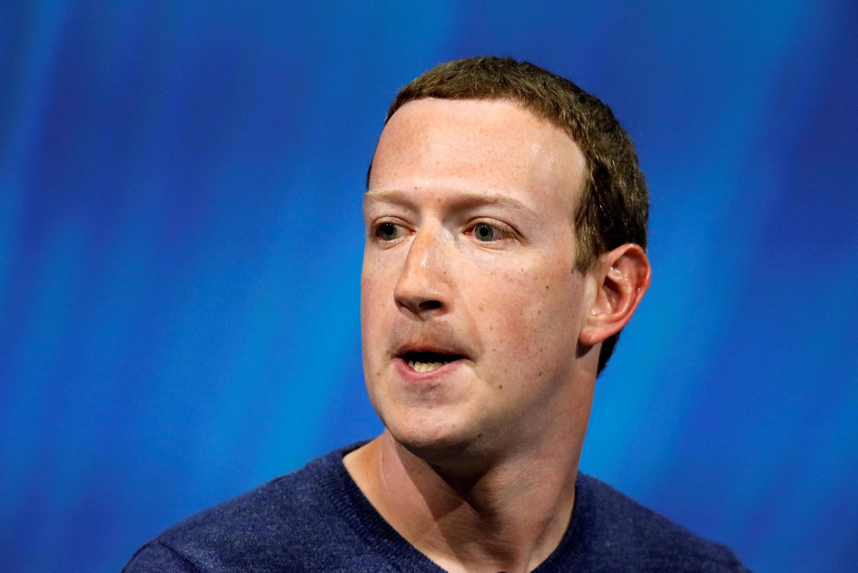 مارک زاکربرگ، موسس و برنامهریز فیسبوک میخواهد به اطلاعاتی درباره همه تراکنشهای بانکی انجام شده از طریق کارتهای بانکی کاربران خود دست یابد و همچنین از میزان پسانداز حسابهای جاری مشتریان این بانکها نیز اطلاع یابد.