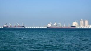 Pétroliers dans le port de Ras al-Khair, au large de Dammam dans la province orientale de l'Arabie saoudite surplombant le golfe, le 11 décembre 2019. (Photo d'illustration)