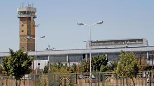 ائتلاف نظامی عرب در یمن، از بازگشایی فرودگاه بینالمللی صنعا، برای رساندن کمکهای انسانی به مردم یمن خبر داد. پنجشنبه ٢ آذر/ ٢٣ نوامبر ٢٠۱٧