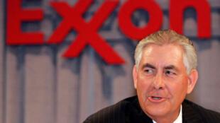 Diretor-executivo da petroleira ExxonMobil, Rex W. Tillerson deve ser nomeado hoje como secretário de Estado do governo Trump.