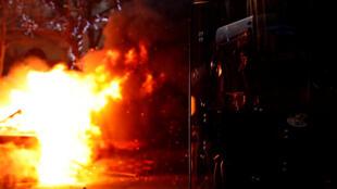 巴黎聖日耳曼大街,1月5日,黃背心放火。