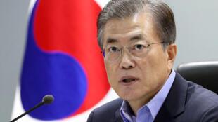 Tổng thống Hàn Quốc Moon Jae-in trong cuộc họp Hội Đồng An Ninh Quốc Gia (NSC) tại Seoul ngày 03/09/2017.