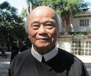 Linh mục Chân Tín