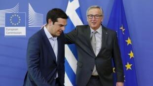 Le Premier ministre grec Alexis Tsipras et le président de la Commission européenne Jean-Claude Juncker, le 3 juin 2015 à Bruxelles.