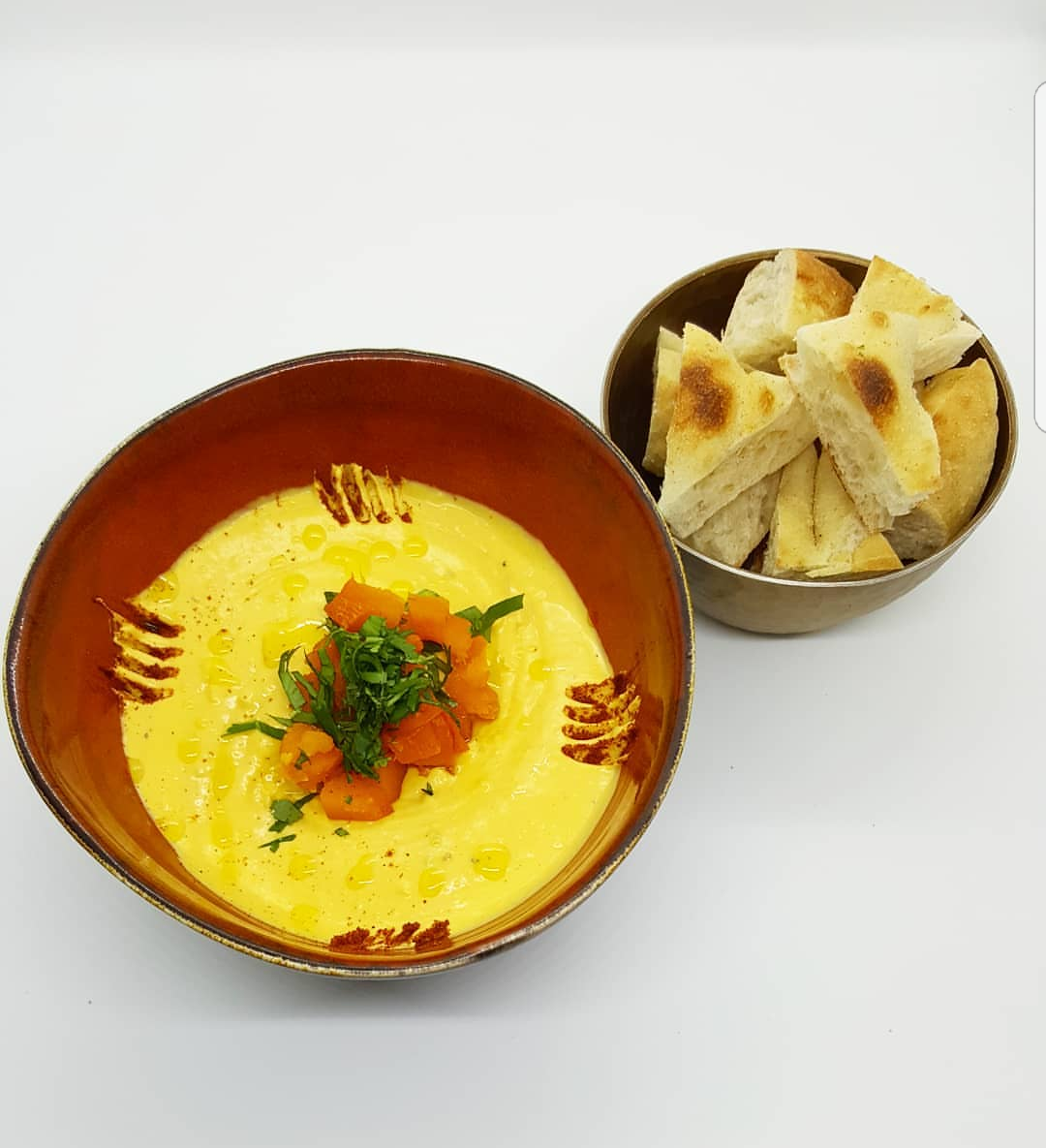 A hummus without chickpeas: grilled pumpkin in tarator sauce