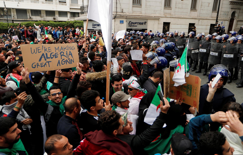 Manifestação contra a candidatura de Abdelaziz Bouteflika, 8 de Março de 2019.