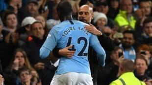 A cewar Toure Guardiola na son ya bara Man City ne saboda kalar fatarsa amma ba don wani abu ba.