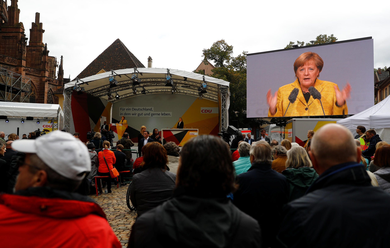 Angela Merkel en meeting à Fribourg, le 18 septembre 2017. Chez les jeunes, c'est la CDU d'Angela Merkel qui est préférée au SPD.