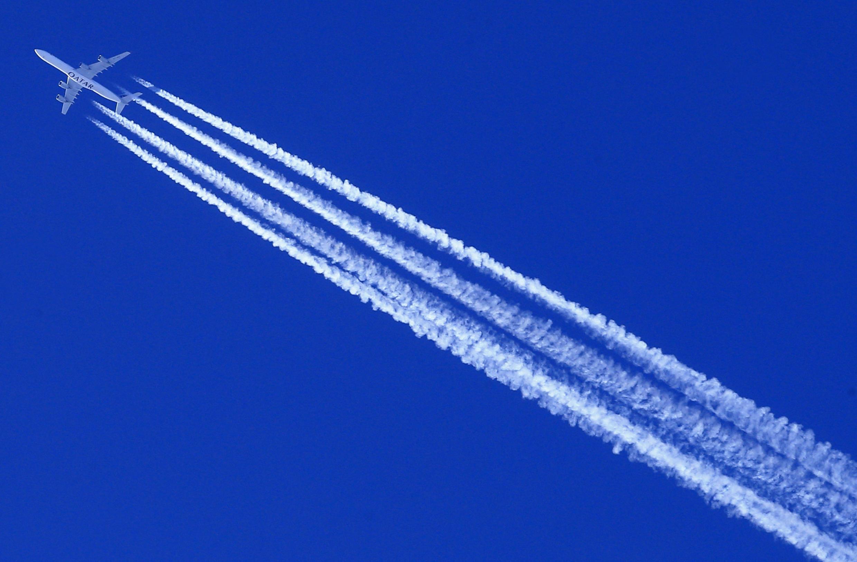 欧洲环境署指出:飞机过分排放的二氧化碳量超过其他种类交通工具