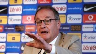 Herbert Hubel shugaban kwamitin FIFA da aka dorawa alhakin sa 'ido akan hukumar kwallon kafa ta Girka.