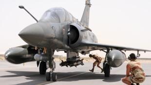 Le mirage 2000D de l'armée française est l'un des avions qui effectue régulièrement des frappes en territoire irakien.