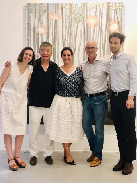 茹小凡从6月29日至8月30日在巴黎三区的RX画廊举行题为《一水之隔》(Passage)艺术个展