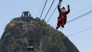 Natal nas favelas brasileira será em ritmo de deflação, afirma jornal francês.