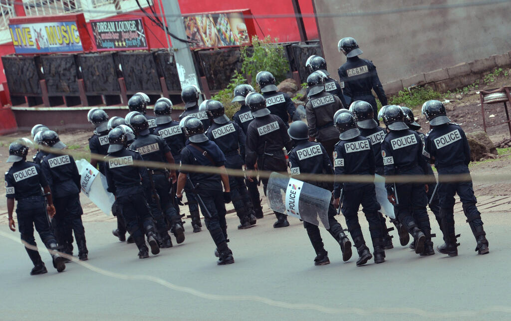 File photo of Cameroonian gendarmes on the streets of Buea, October 2017