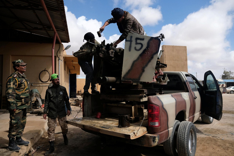 Силы генерала Хафтара готовят наступление на Триполи, 13 апреля 2019.