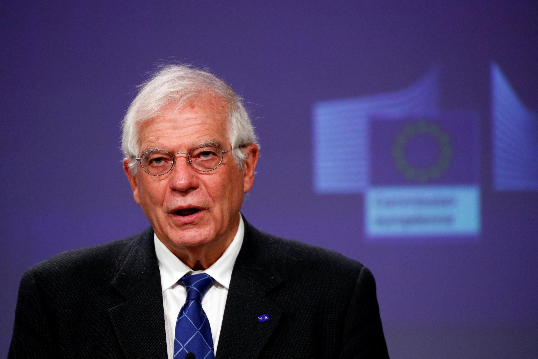 Le chef de la diplomatie européenne Josep Borrell, lors d'une conférence de presse virtuelle sur l'approbation de l'opération Irini, à Bruxelles, le 31 mars 2020.