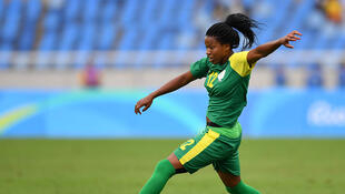 La footballeuse sud-africaine Jermaine Seoposenwe lors des Jeux olympiques de 2016 au Brésil.