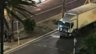 Camião que atropelou a multidão em Nice.