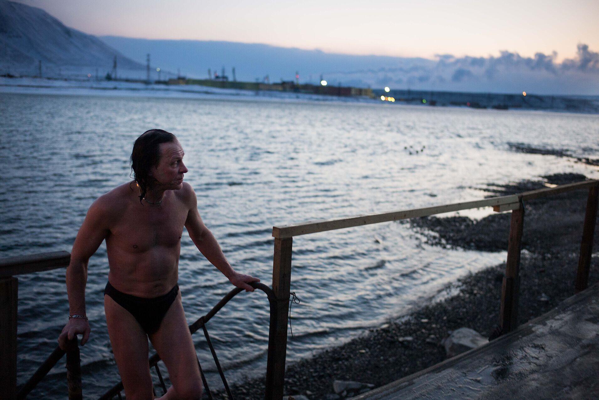 Scène de « Norilsk, l'étreinte de glace », documentaire de François-Xavier Destors sur une cité polaire.