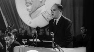maurice thorez 1949