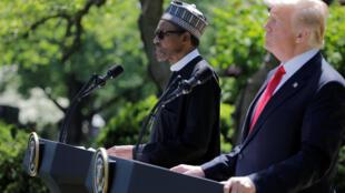 Le président américain Donald Trump aux côtés de son hommologue nigérian Muhammadu Buhari, le 30 avril 2018 à Washington.