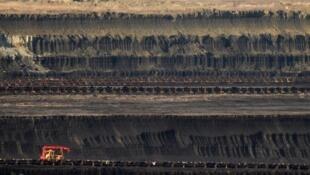 Vue générale d'une mine de charbon à ciel ouvert, à Maritsa, à 230 kilomètres de Sofia.