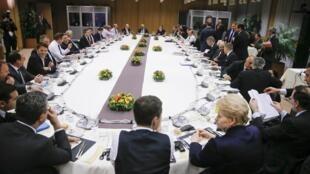 Toàn cảnh phiên họp thượng đỉnh Liên Hiệp Châu Âu tại Bruxelles, ngày 19/02/2016.
