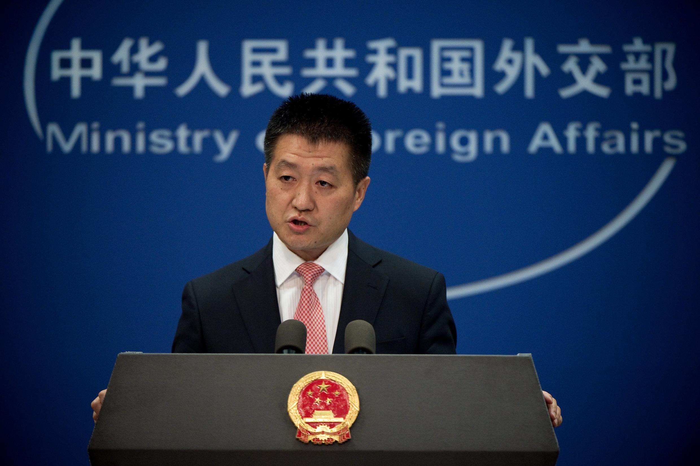 中國外交部發言人陸慷2016年7月13日在北京的例行記者會上。