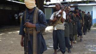 Le groupe d'insurgés Hezb al-Islam a interdit la célébration des 50 ans d'indépendance de la Somalie ainsi que les célébrations de tous les événements qui ne sont pas mentionnés dans le Coran.