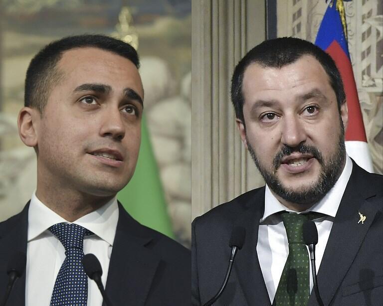 Lãnh đạo đảng 5 Sao (M5S) Luigi Di Maio (T) và thủ lĩnh Liên Đoàn Phương Bắc (Lega) Matteo Salvini.