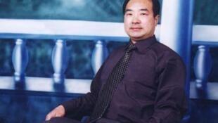 独立中文笔会作家、异议人士扬天水。