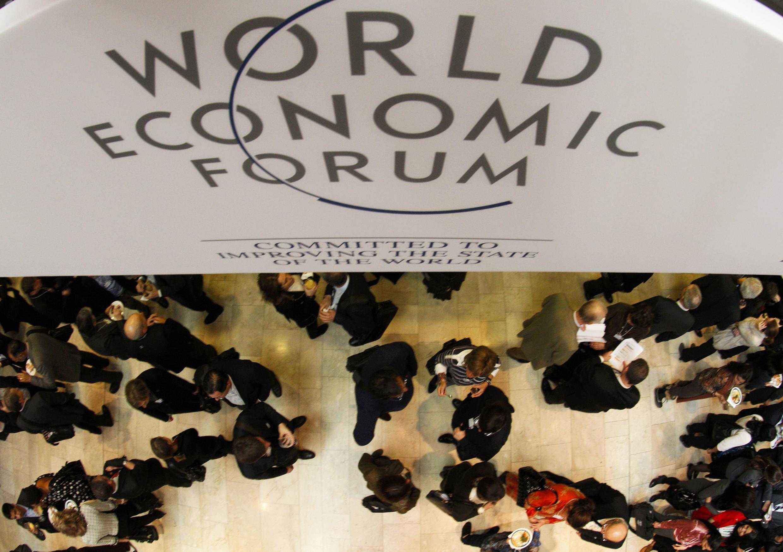 A Davos, parmi les grands dirigeants d'entreprises, les représentants de la société civile apportent leur vision de la mondialisation.