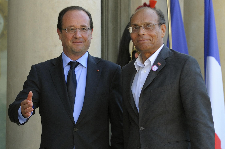 François Hollande accueille Moncef Marzouki à l'Elysée le 17 juillet 2012.