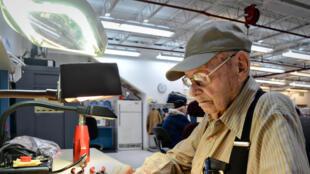 James Daly travaillait encore à l'âge de 92 ans comme électricien au sein de l'armée de l'air américaine, en 2015.