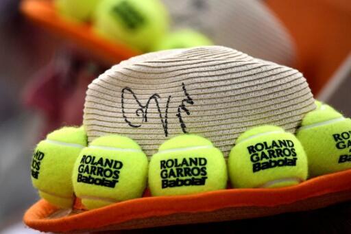 Las entradas, que serán puestas a la venta el 9 de julio para los que tengan licencia de tenis y el 16 de julio para el conjunto del público, permitirán a 20.000 personas acudir a Roland Garros en las primeras rondas.
