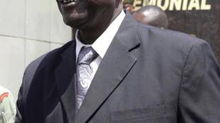 Le ministre sud-soudanais de la Défense Kuol Manyang Juuk. Ici en 2014 à Khartoum. Il fait partie des six personnalités sud-soudanaises que les Etats-Unis veulent ajouter à une liste noire dressée en 2015.