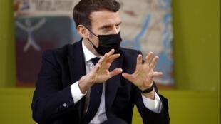 Emmanuel Macron à l'université Paris-Saclay