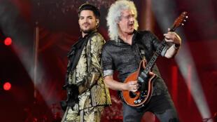 El cantante Adam Lambert y el guitarrista Brian May, en un concierto de la banda Queen el 29 de septiembre de 2019 en el Festival Global Citizen de Nueva York