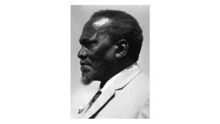 Jomo Kenyatta, né Kamau wa Ngengi. Ancien leader du mouvement rebelle Mau Mau, le 22 février 1966.