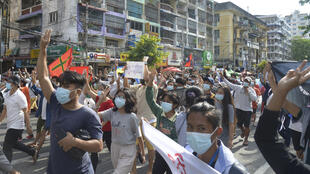 Birmanie - Rangoun - Manifestation - AP21126370276100