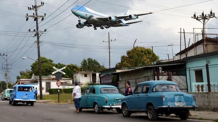 Llegada del Air Force One a La Habana