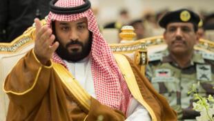 Prisões consolidam posição do príncipe herdeiro Mohamed bin Salman.