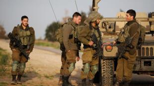 Wanajeshi wa Israel wakiwa kwenye eneo la Gaza