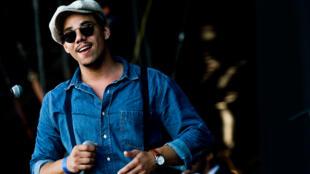 Le chanteur français Ben l'Oncle Soul au festival de Sziget.